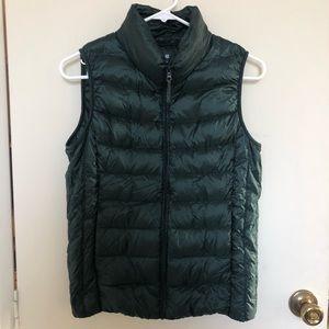 Uniqlo Womens Ultra Light Down Vest Sz Small